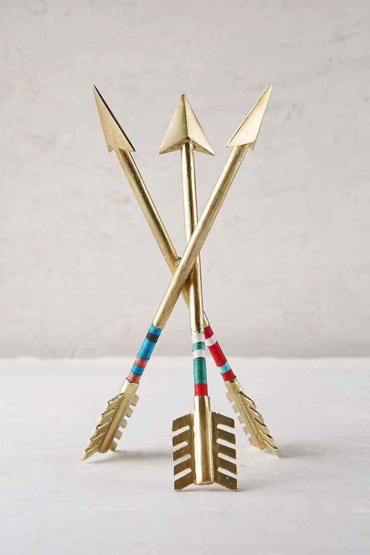 Magical Thinking Arrow Sculpture 39$