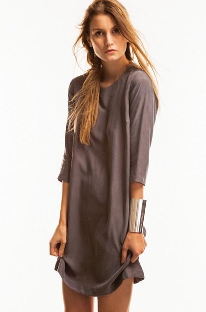 dress: style, color.
