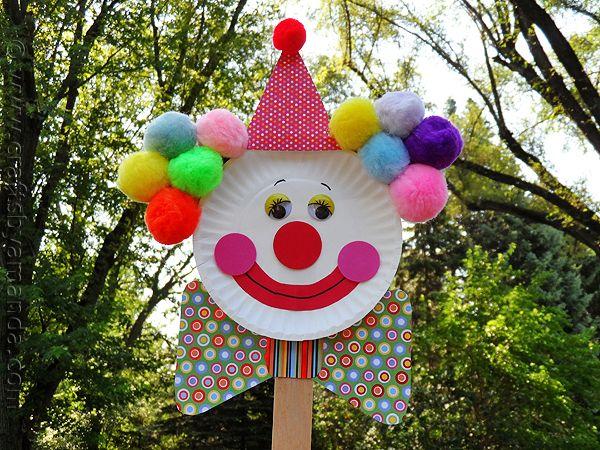 Paper Plate Clown Puppet by @Amanda Formaro CraftsbyAmanda.com