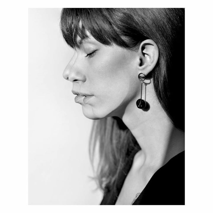 Double trouble. Elegant earrings made of horn in new BALI collection by Anna Orska.