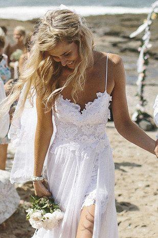 Vestidos de novia hippie chic una buena idea para una boda en la playa o jardín!