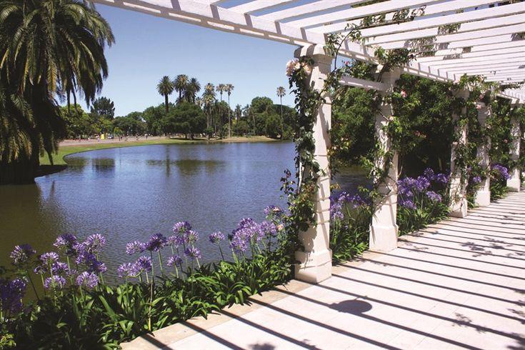 Parque Tres de Febrero, uno de los tantos diseñados por Carlos Thays.