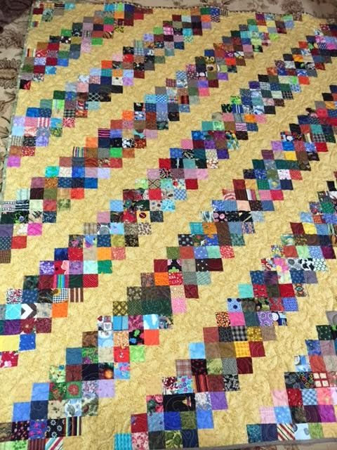 Quilt Patterns Using 12 Inch Squares : 17 Best images about QUILTS JELLY ROLLS aka 2 1/2 inch strips on Pinterest Fat quarters, Quilt ...