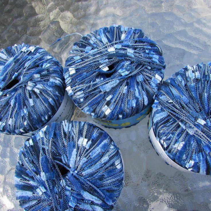 Filati FF Bora Bora Yarn 4 sks Novelty, Short Eyelash, Fuzzy Col 494 Blues, Whit #FilatiFF #Eyelash