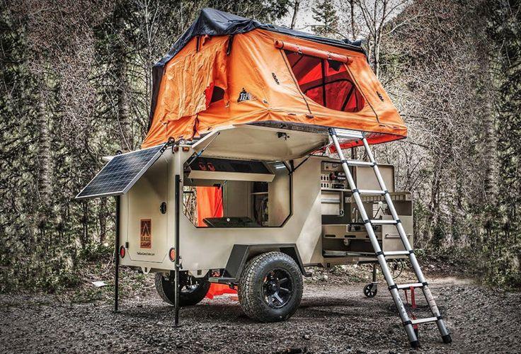 Camping Anhänger 'Base Camp' ist speziell für Gelände konzipiert