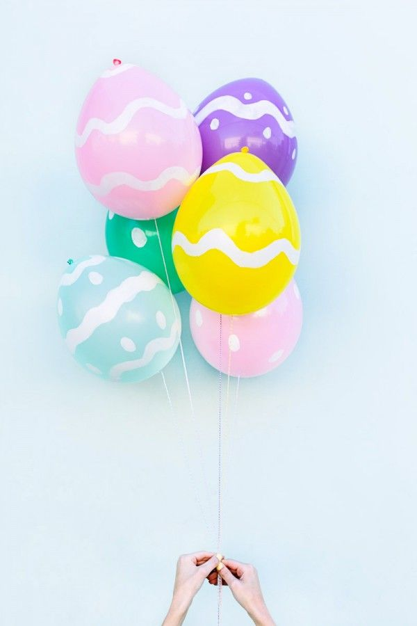 DIY Easter Egg Balloons - Studio DIY