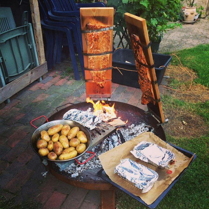Flammlachs mit Rosmarinkartoffeln