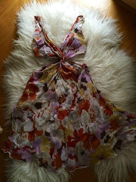 Květinové šaty Valentino - vinted.cz