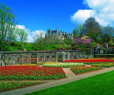 Olmstead-designed gardens at Biltmore Estate. Love this garden designed by Olmstead!