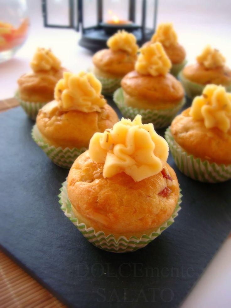 DOLCEmente SALATO: Piccoli muffin emmenthal e speck