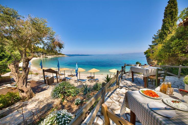 Enjoy the majestic vacation at Paxos Island !