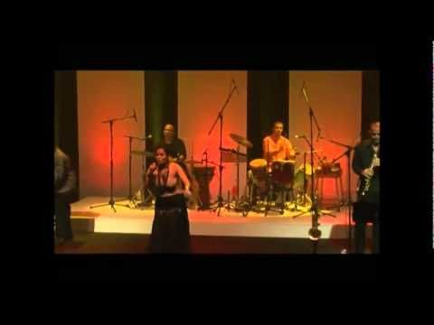 MARIA ALEJANDRA RODRIGUEZ CANCIONES DE ENRIQUE HIDALGO DOCUMENTAL.wmv