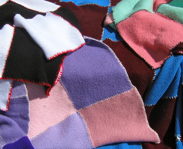 Masses of 30 cm squares for hand knitted rugs