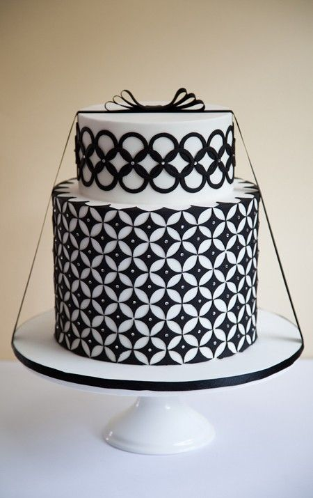 Black and White Deco Cake