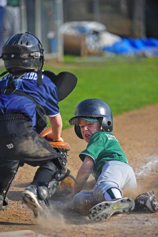 Baseball Sliding Into Home April 23 2011 Junior Baseball Of Oregon Little Leau Affiliate Junior April Baseba Baseball Slides Baseball Riding Helmets
