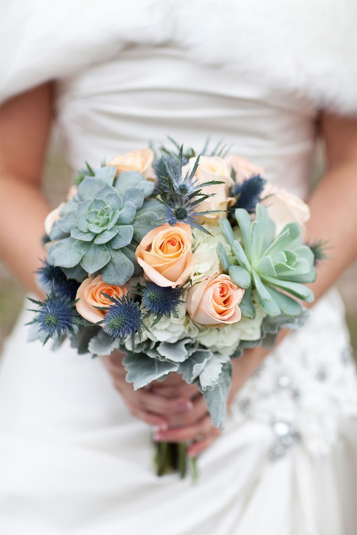 A Winter Wedding In Toronto Ontario Bouquet Ideas Pinterest Flowers And Bouquets