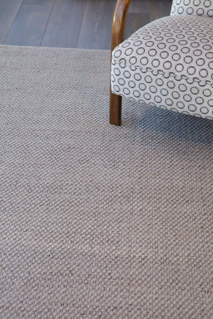 Pebble Weave in Limestone | Armadillo: http://armadillo-co.com/item-category/rugs/