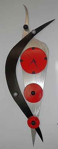 abstract contemporary clock design by Tony Viscardi, Abstract clock in brushed aluminum and modern piccasso design, piccassoTime is a large wall clock