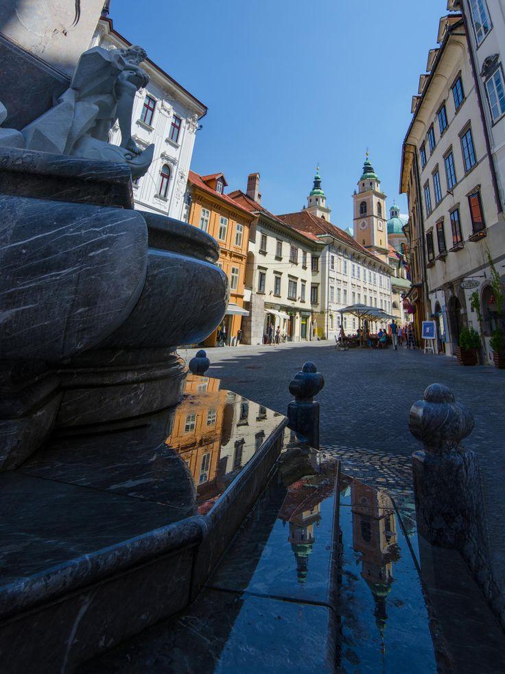 ღღ Slovenia ~~~ Ljubljana reflection by César Asensio