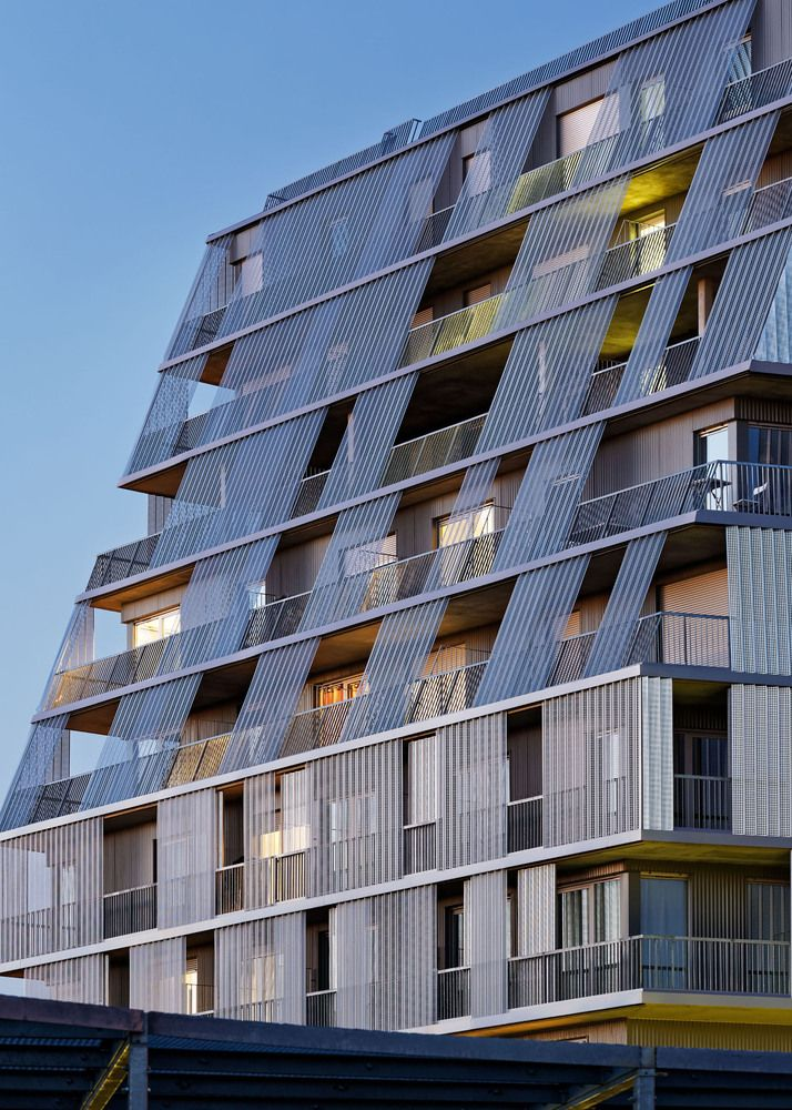 Gallery - Rosalind Franklin School Complex and Student Dormitory / Chartier Dalix Architectes - 7
