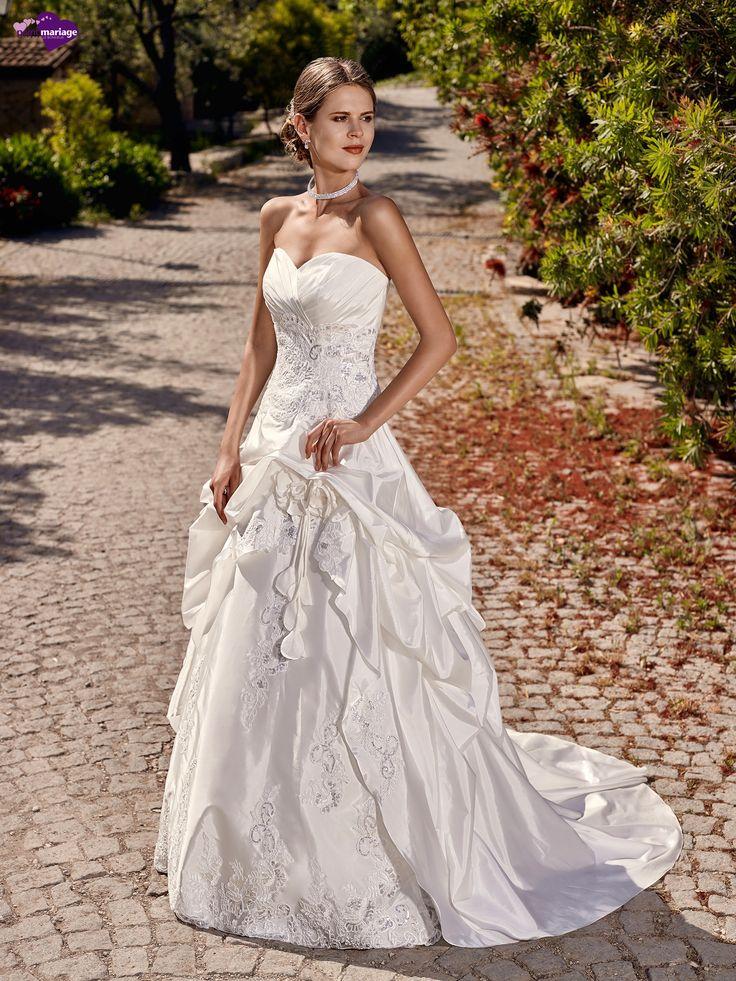 Merveilles, collection de robes de mariée - Point Mariage http://www.pointmariage.com/