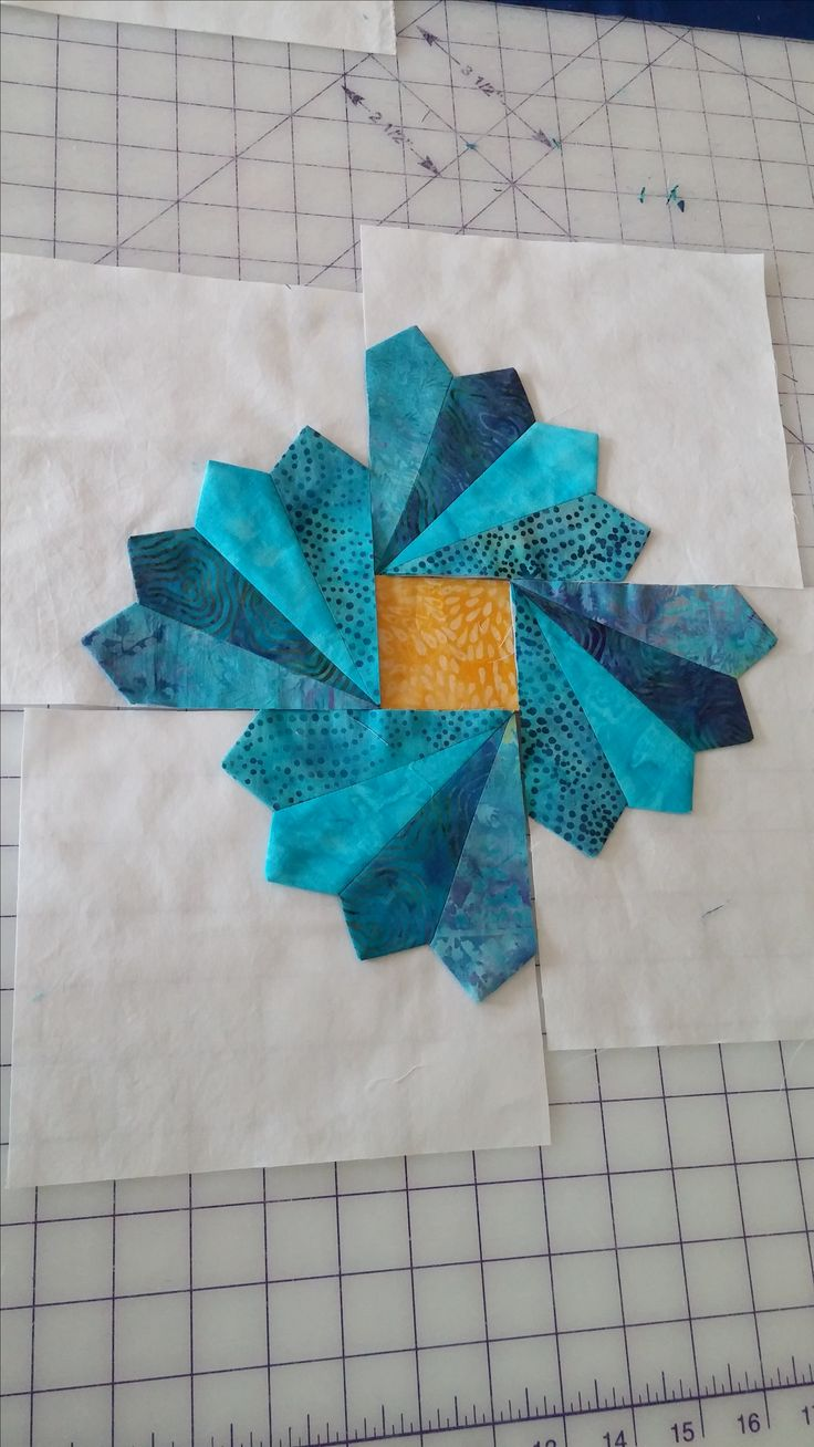 pattern 'Summer Blooms' by Suzn Quilts