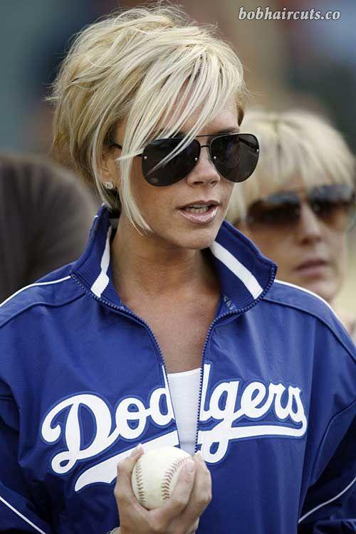 15 Victoria Beckham Blonde Bob Hairstyles - 1 #CelebrityBobs