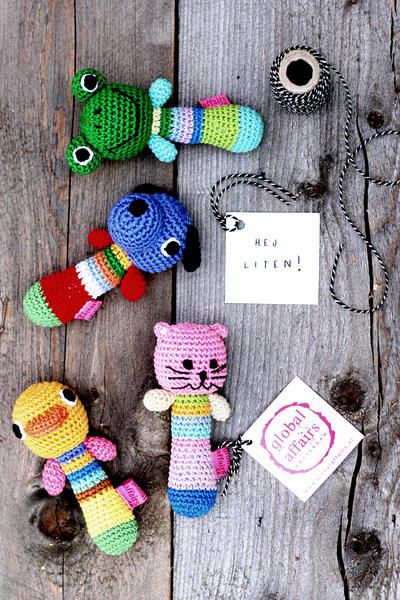 FREE crochet pattern for baby rattles.