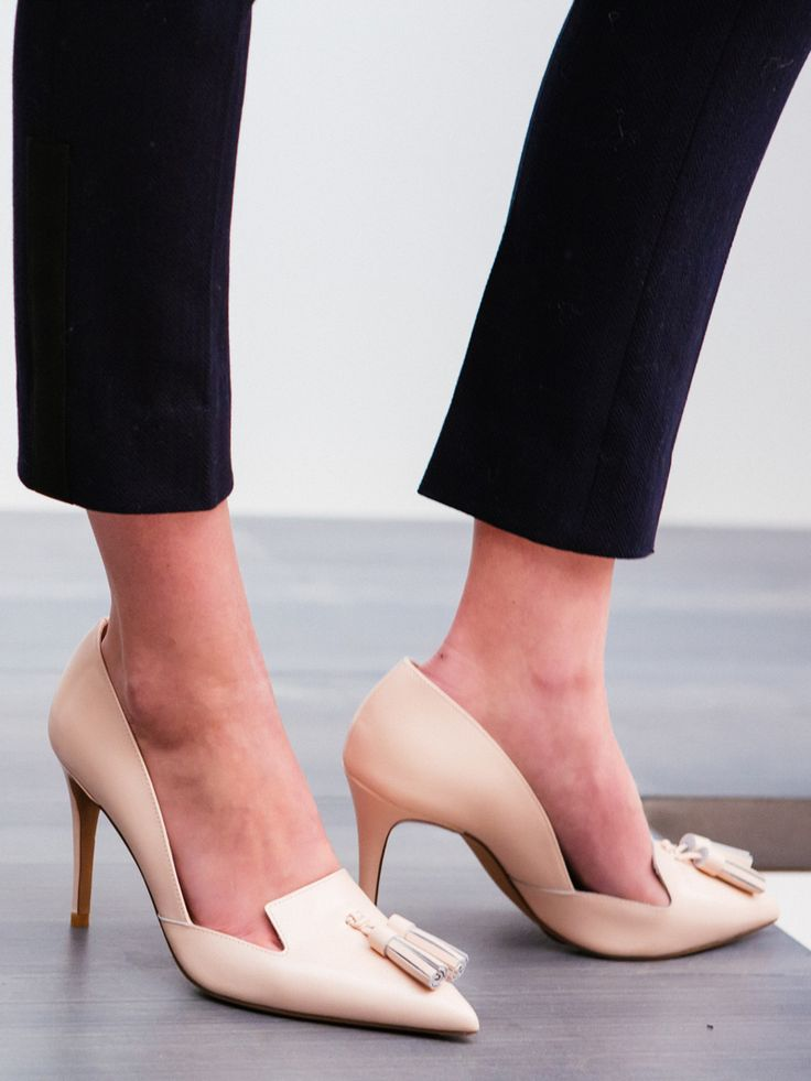 Lusting over these nude heels Banana Republic's Fall '15 presentation.