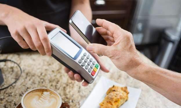 40 Money Habits That Can Leave You Broke Money Habits Money Saving Advice Credit Card Machine