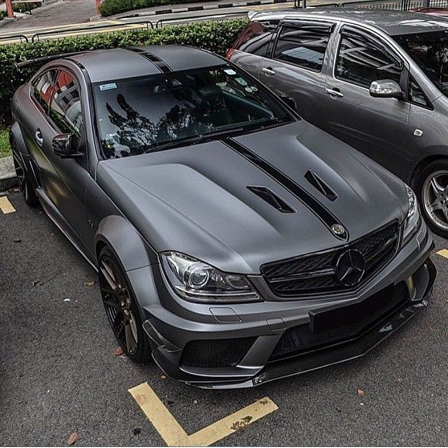 C63 Black Series, not a muscle car, but Lawdie its hot!!