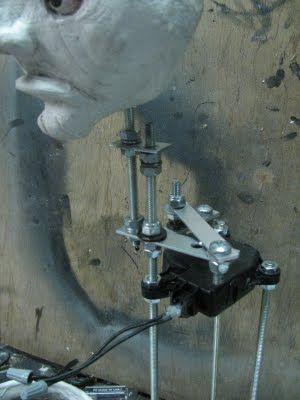 Compact Head Turning mech - HauntForum
