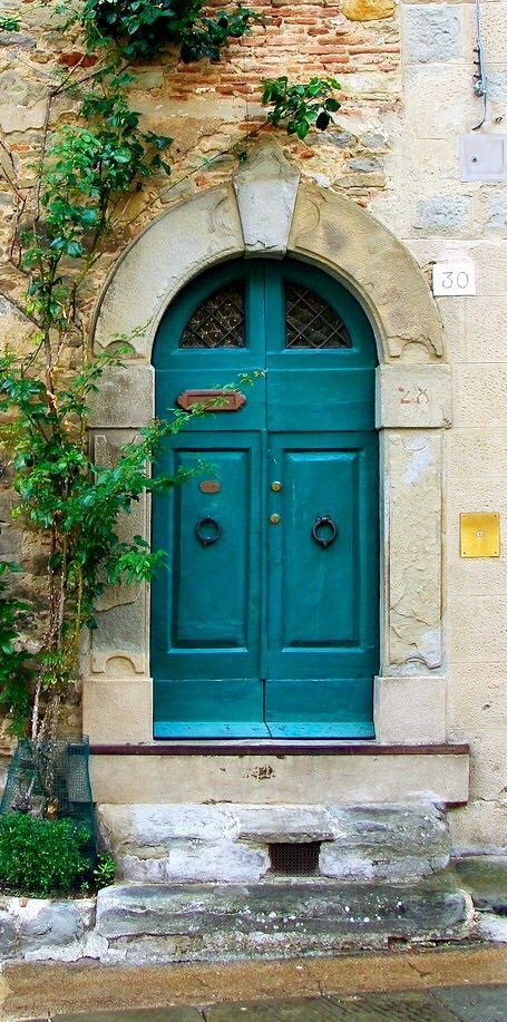 Cortona, Arezzo, Italy(via Pinterest: Discover and save creative ideas)