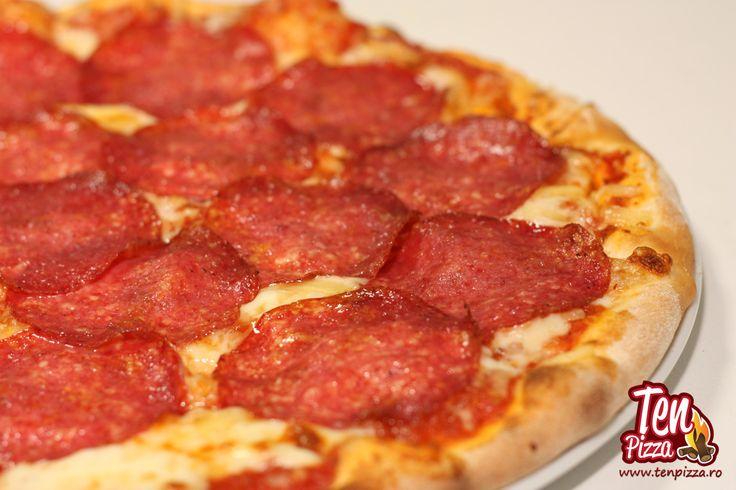 Pizza Salami -  Salsa di pomodoro, mozzarella, salam