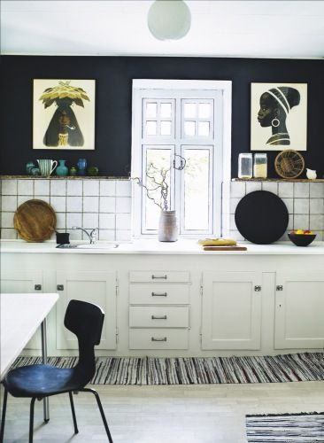 global: Decorating Idea, Kitchens, White Kitchen, Interior, Navy Wall, Apartment, House, Kitchen Ideas, Design