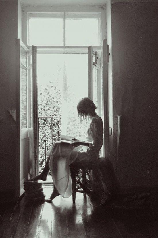 Литература — это самый приятный способ игнорировать жизнь. © Фернандо Пессоа