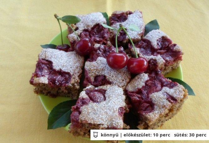 Cukkinis-diós-meggyes süti