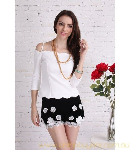 Retro Style Embroidered Lace Hem Velvet Bloomers Shorts For Women #BlackandWhite #Beautiful #Shorts #Retro #Lace