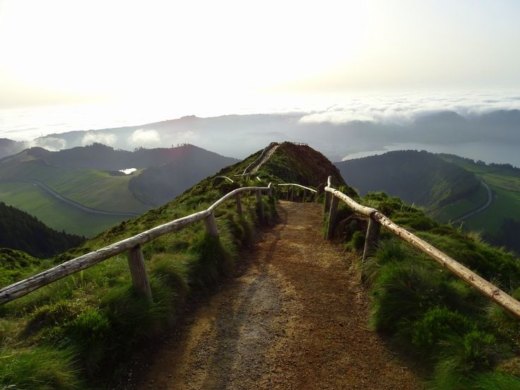 I couldn't leave Sao Miguel (Azores) without seeing this place - the viewpoint over Lagoa do Canario.