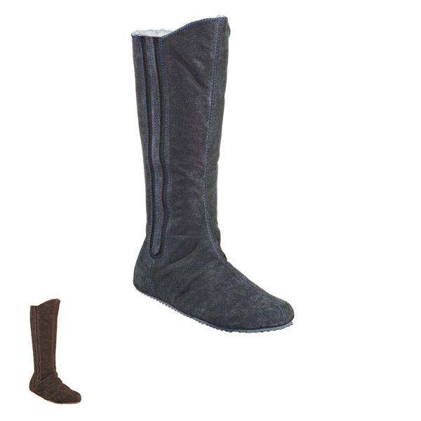 Sheepskinn slippers designed for #shepherd Fårskinnstofflor #oddbirds Mia