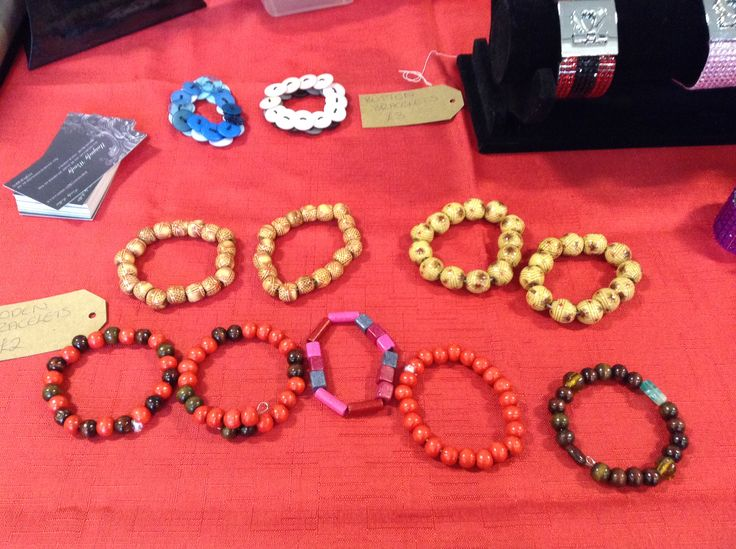 Wooden and buttons bracelets