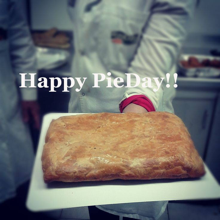 Happy #Pieday! www.ioniki.com