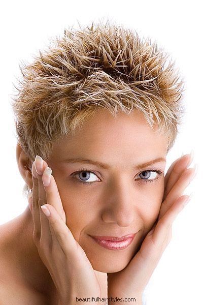 Blond Lady in Fresh Style with Very Short Spiky Highlighted Hair - Beautiful Hairstyles
