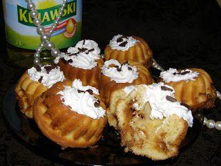 W Mojej Kuchni Lubię.. : pyszne babeczki na oleju rzepakowym nadziane masą ...