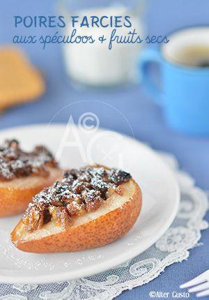 Les poires, fruits secs et quelques spéculoos ont terminé en poires farcies, cuites au four. C'est très pratique, rapides à préparer et encore plus si vous n'épluchez pas les poires.  Et, bien évidement, c'est délicieux.