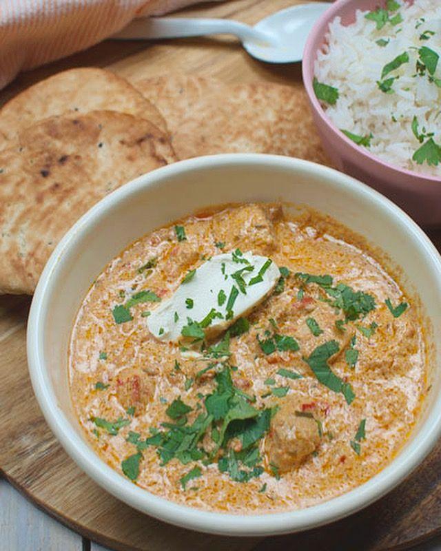 Deze Indiase boterkip met rijst is om je vingers bij af te likken. Makkelijk om te maken en na het marineren is het zo klaar. Hier ga je blij van worden!