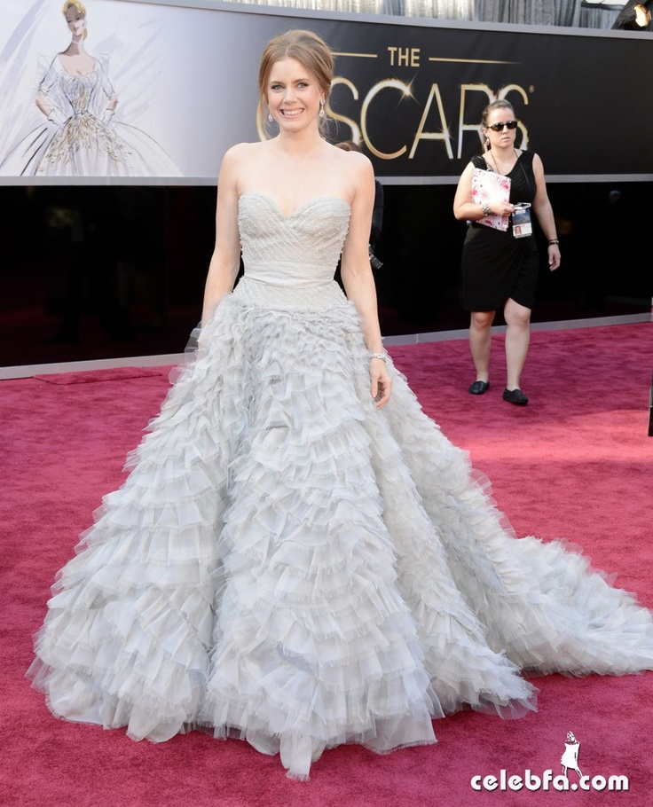 Amy Adams Oscars 2013 Red Carpet