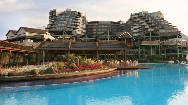 Hala Tatil ayırmadınız mı? Erken rezervasyon imkanlarımızı deneyerek bütçenize en uygun tatili bulabilirsiniz.