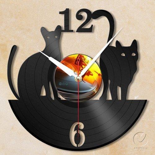 Handmade Cats Vinyl Wall Clock - http://coolgadgetsmarket.com/handmade-cats-vinyl-wall-clock/