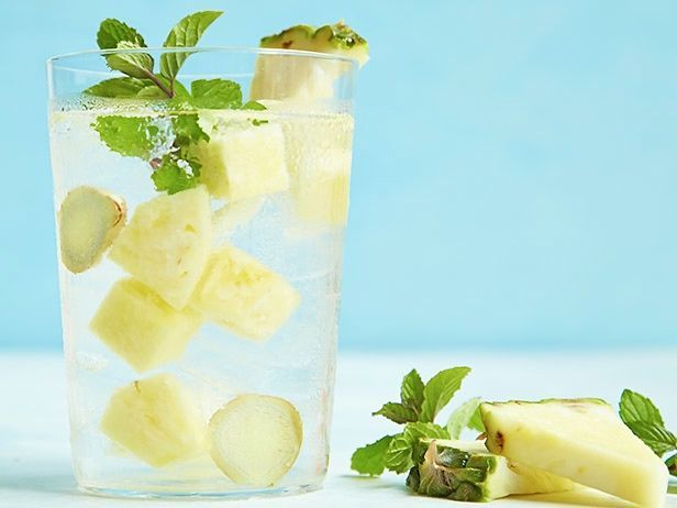 PINEAPPLE MINT GINGER WATER Place 4 cups thinly sliced pineapple (about 1 1/4 pounds), 5 sprigs mint (lightly crushed) and 8 round slices ginger (smashed) in a pitcher. For still infused water, add 2 quarts of water. For sparkling water, add 1 quart of seltzer during prep and a second quart just before serving. Refrigerate 2 to 4 hours to allow the ingredients to infuse.
